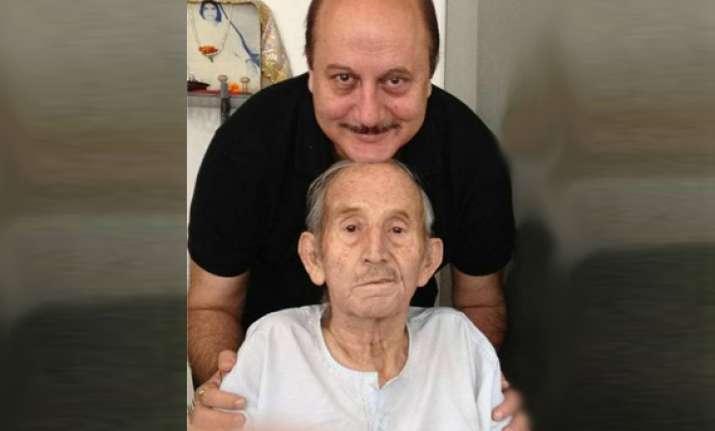 anupam s father p n kher passes away
