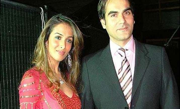 arbaaz denies report of malaika moving out after a tiff