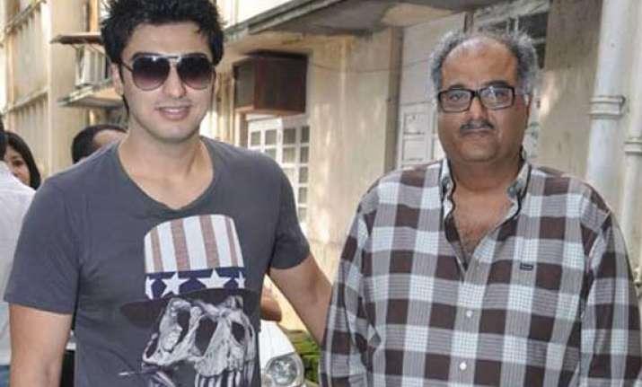 arjun kapoor bond with dad gets stronger on tevar sets