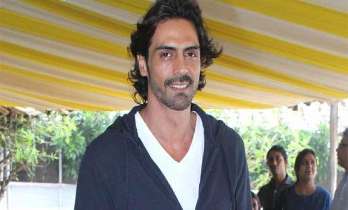 arjun rampal plans to produce a biopic