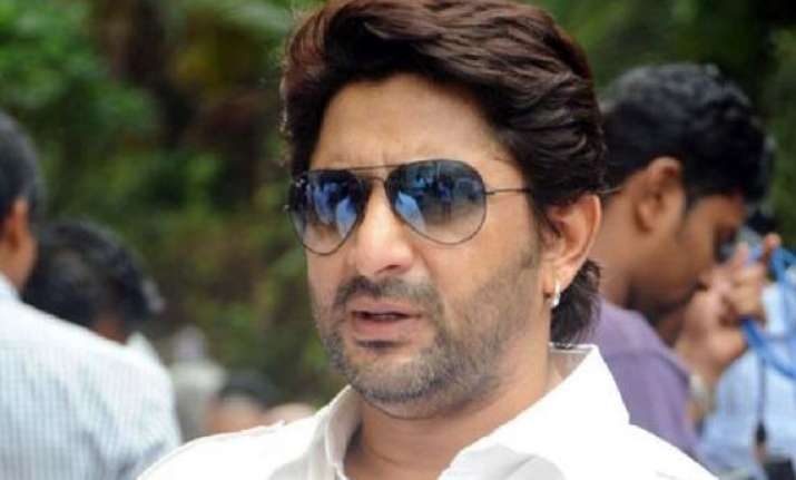 arshad off to goa for mr joe b carvalho movie snippets