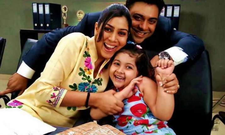 bade acche lagte hain completes two years