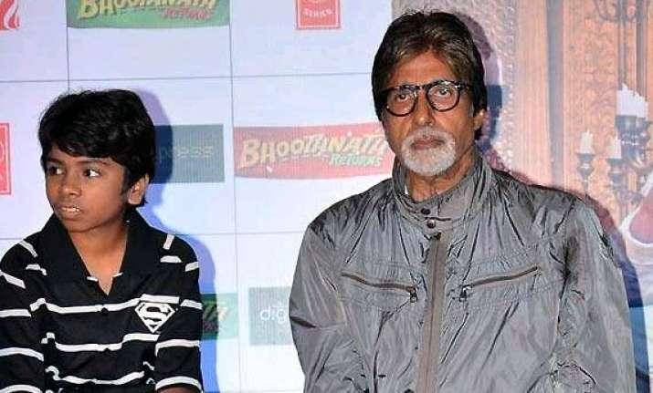 big b promotes bhoothnath returns in pakistan through video