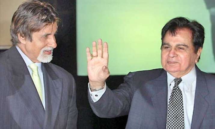 big b overjoyed to receive letter from dilip kumar