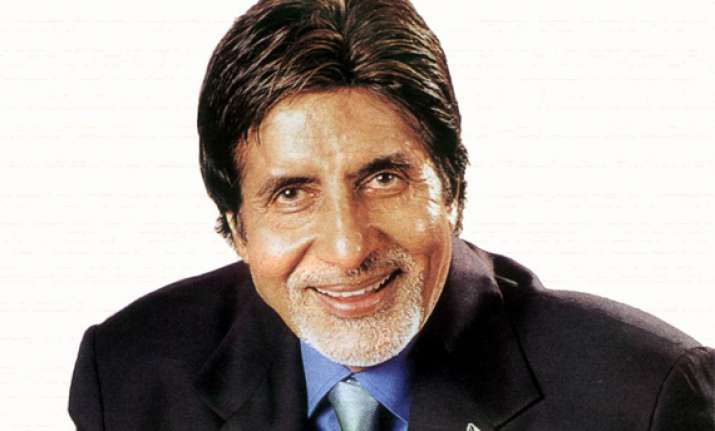 big b says he s humbled to get maharashtrian of the year