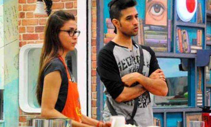 bigg boss 7 evicted shilpa eager to return to the house