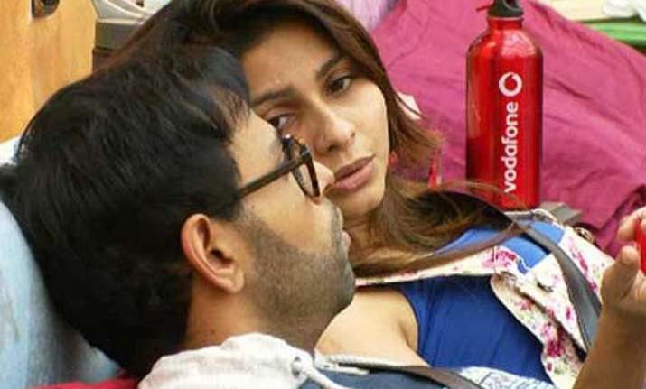 bigg boss 7 evicted vj andy wants tanisha to win the show