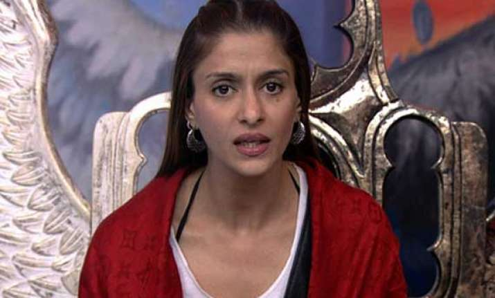 bigg boss 7 shilpa agnihotri eliminated from the house view