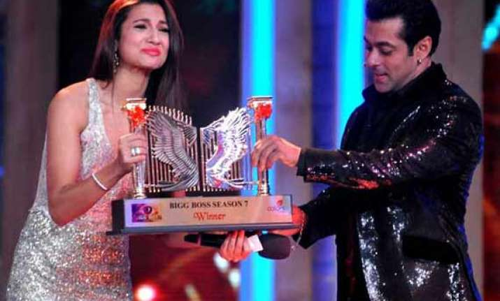 bigg boss 7 winner gauhar khan didn t receive her prize