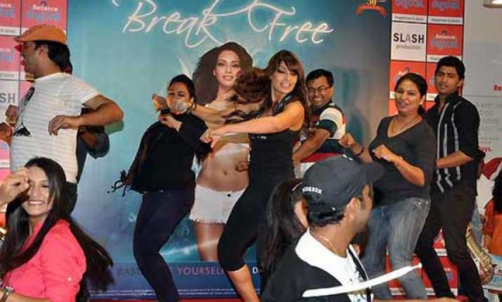 bipasha launches her second dvd break free