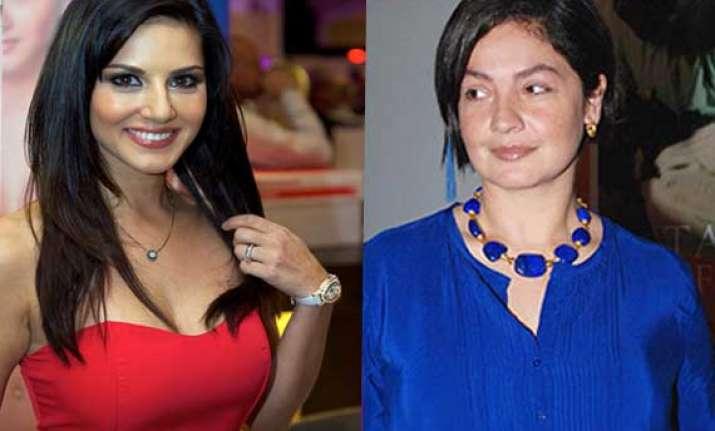 blazing hot leone gets voice of bold pooja bhatt