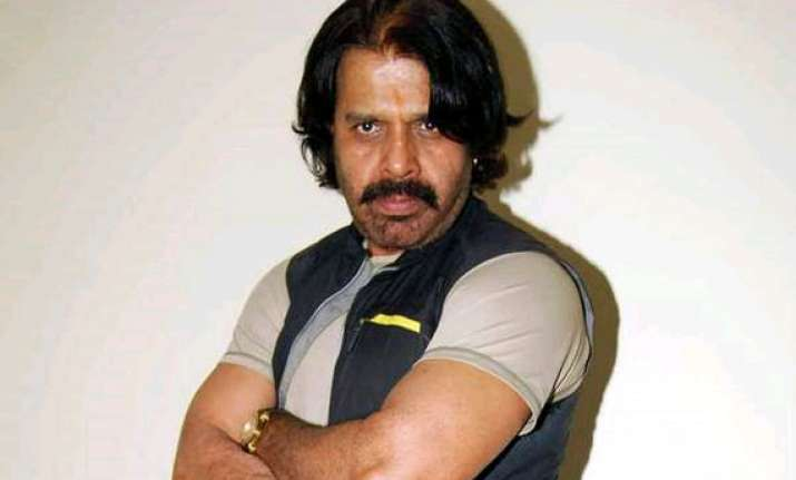 bollywood action director tinu verma absconding after