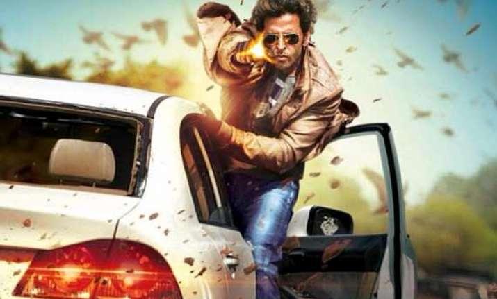 bollywood celebs blown away by hrithik katirna s bang bang