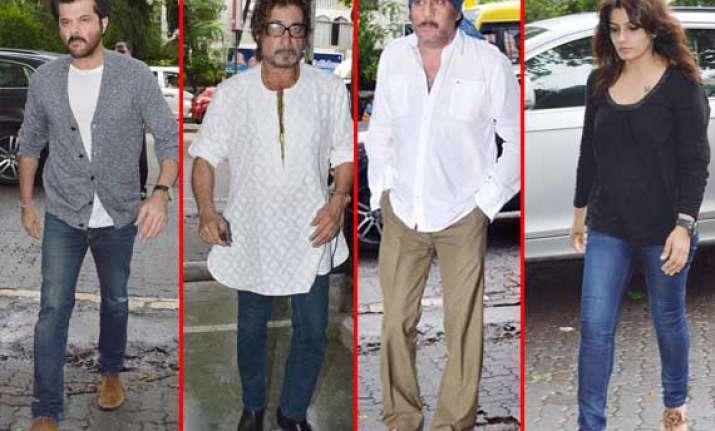 bollywood stars attend prayer meet of jagdish raj view pics