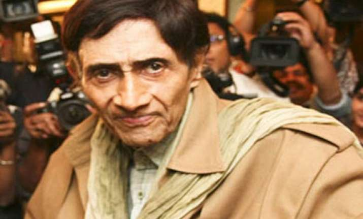 bollywood mourns dev anand s death