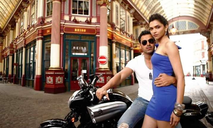 bollywood stars fake love affairs to promote films