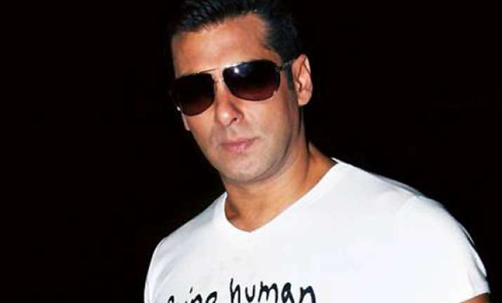 bollywood s salman khan to have surgery in us