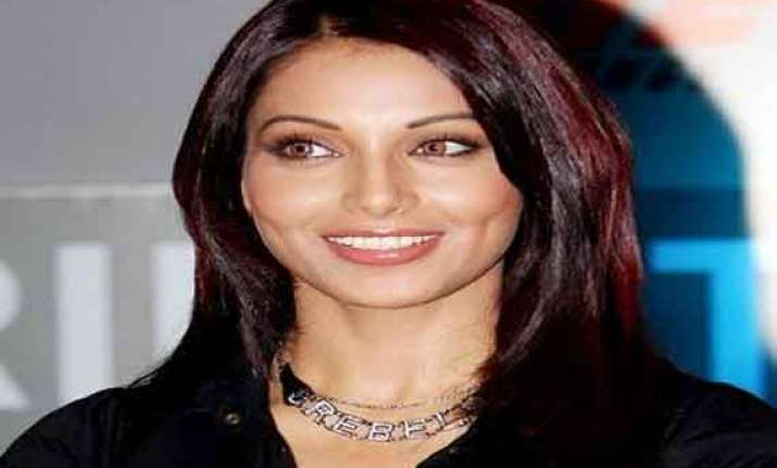 bollywood will remain a hero centric business bipasha