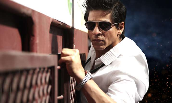 bombay high court asks shahrukh khan to deposit rs 1 cr