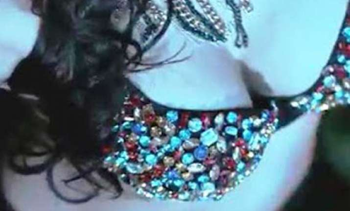 cbfc censors cleavage show in movies