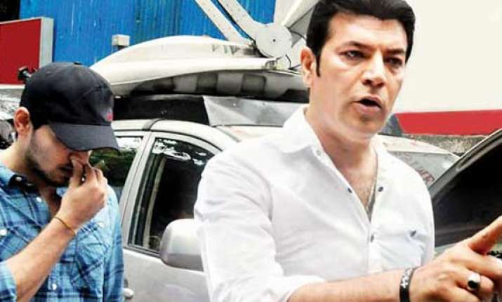case registered against aditya pancholi for assaulting