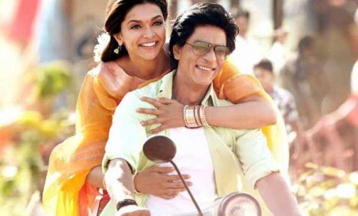 chennai express movie review shah rukh deepika conceal bad