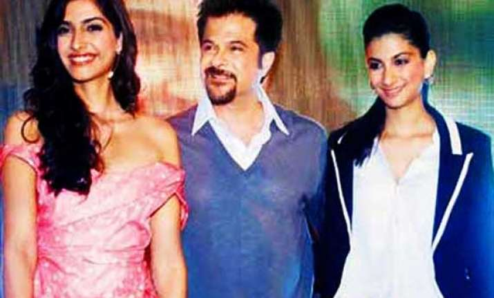 coaxed by daughters anil kapoor joins twitter