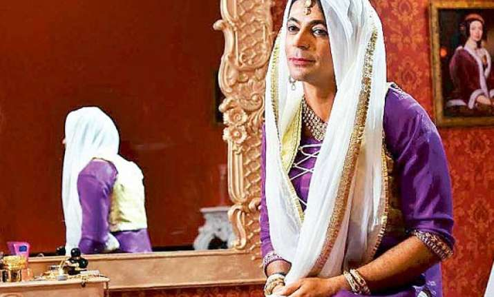 comedian sunil grover s bmw car involved in collision three