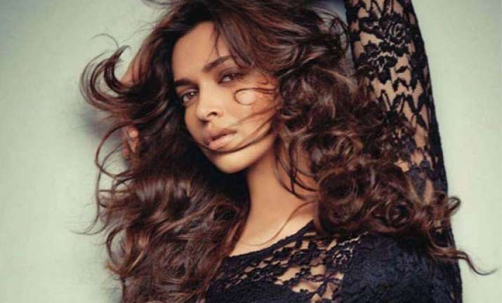 deepika padukone voted world s sexiest woman in online poll