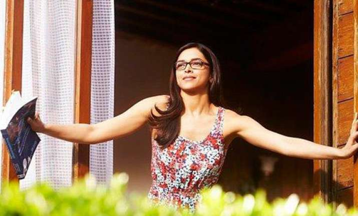 deepika padukone wants to keep her yjhd glasses