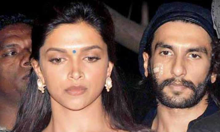 deepika lashes out at ranveer for spreading fake