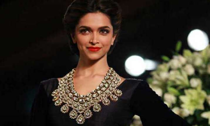 deepika wanted to play mary kom on screen