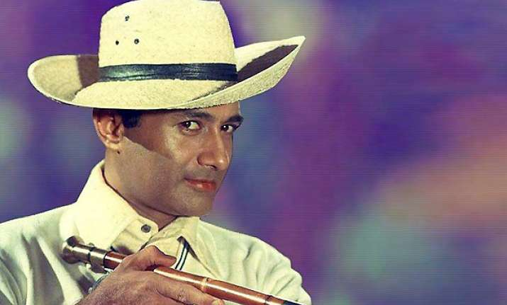 dev anand the evergreen hero takes his last bow