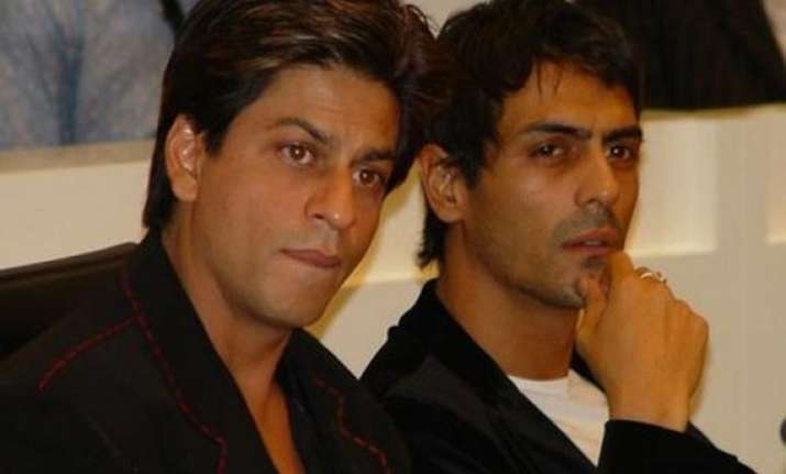 don t hold grudge against anybody arjun rampal on shah rukh