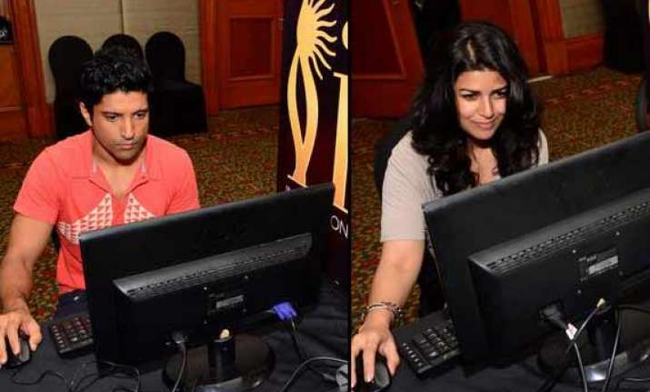 iifa 2014 bollywood celebs cast their votes view pics
