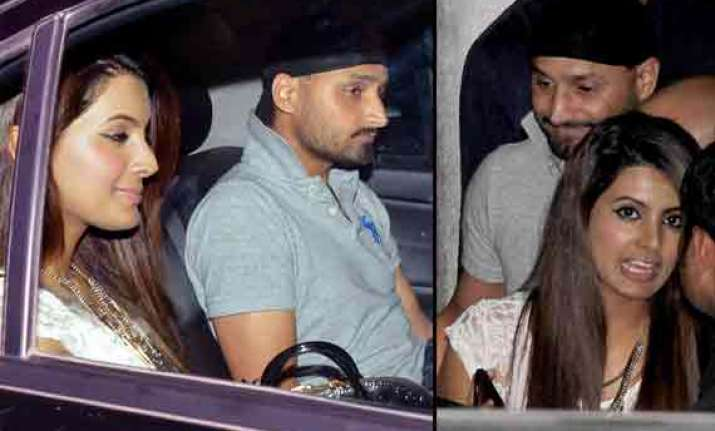 geeta basra and harbhajan singh spotted together again view