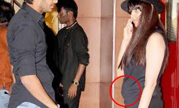 omg genelia d souza is pregnant shows baby bump see pics