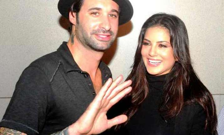 has sunny leone really filed for divorce with husband