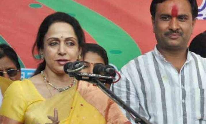hema malini makes electoral entry from mathura