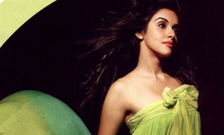 heroines should not get burdened with numbers game says asin