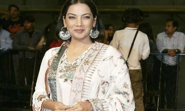 hindi films used to protect urdu but no more shabana azmi