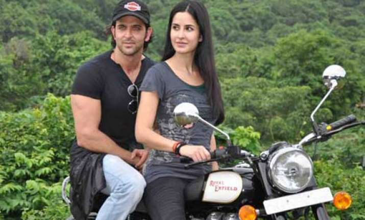 hrithik katrina to perform never seen before stunts in