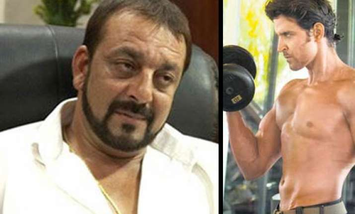 Hrithik turns gym guru for sanjay dutt bollywood news india tv hrithik turns gym guru for sanjay dutt altavistaventures Image collections