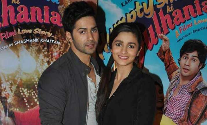 humpty sharma ki dulhania crosses rs 50 cr in a week