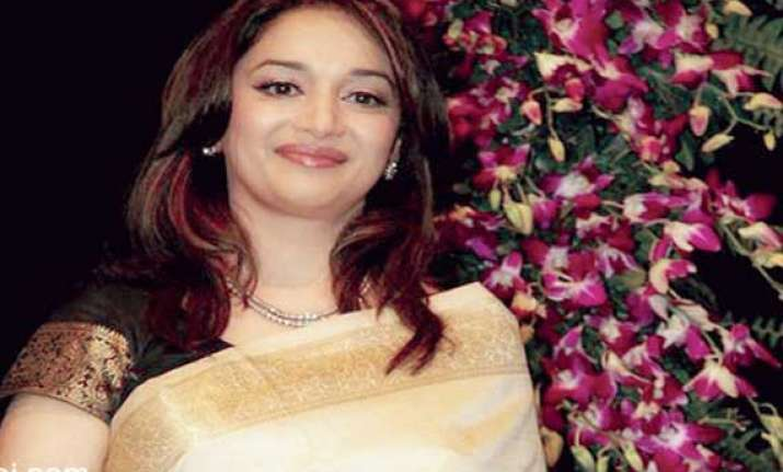 i don t play a gangster in gulab gang says madhuri