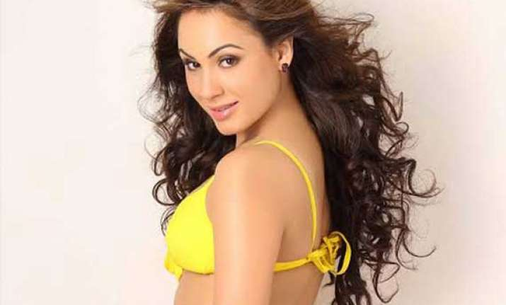 inclined towards bollywood since childhood deana uppal