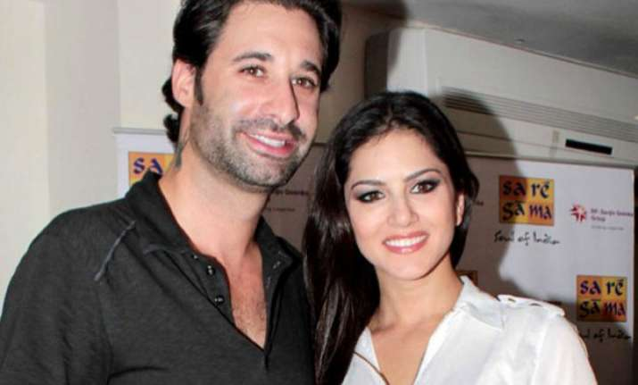 Free Live Sex Chat - Sunny Leone With Thier Husband-4652