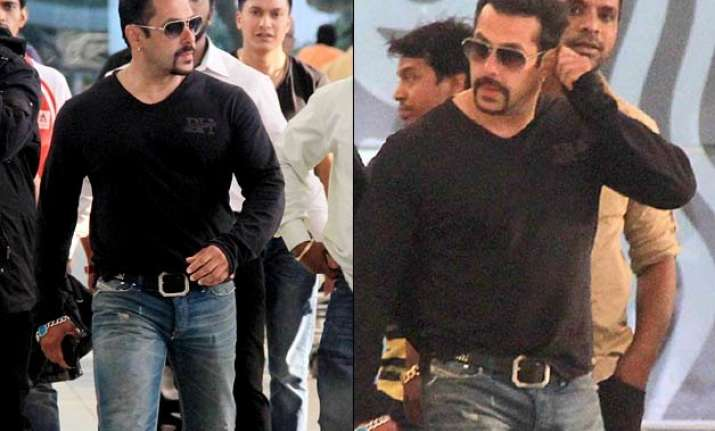 salman khan again in trouble on dukhtaran e milat chief hit