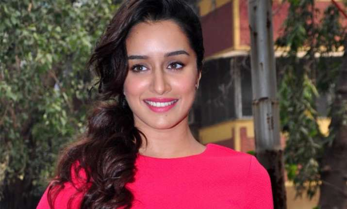 shraddha kapoor excited to begin baaghi
