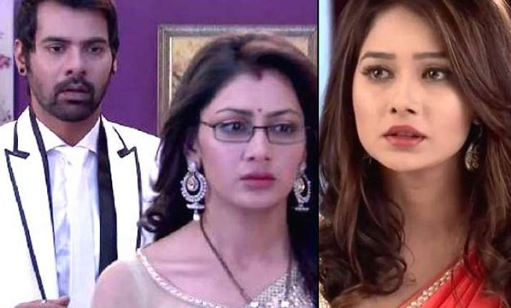 pragya leaves abhi in kumkum bhagya